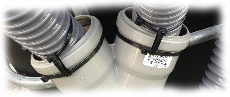 schlauch-im-rohr-mit-kabelbinder-sichern